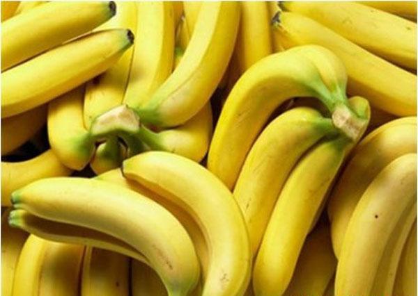 Chuối giúp hạn chế táo bón và tiêu chảy cho người viêm đại tràng mãn tính