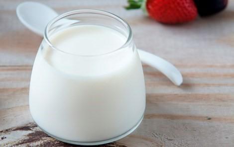 Bị viêm đại tràng có được ăn sữa chua không