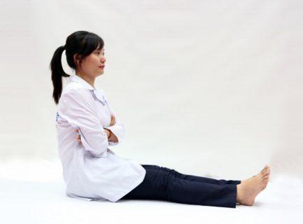 bai-tap-yoga-chua-viem-dai-trang-tai-nha1