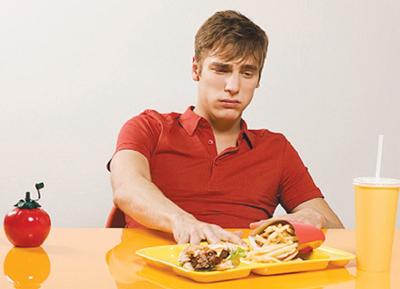 Nguyên nhân ăn sáng xong hay bị đau bụng đi ngoài
