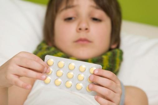 Trẻ có thể bị rối loạn tiêu hóa do dùng nhiều thuốc kháng sinh